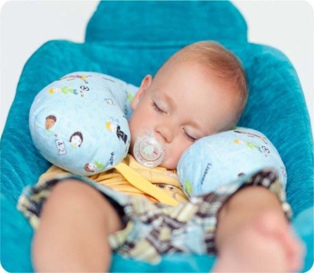 Подушки для ребенка в машину своими руками 36